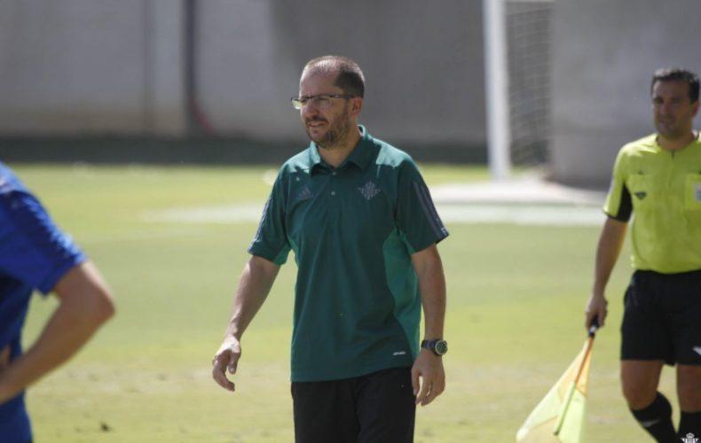 El Betis B de José Juan Romero asciende a 2ªB