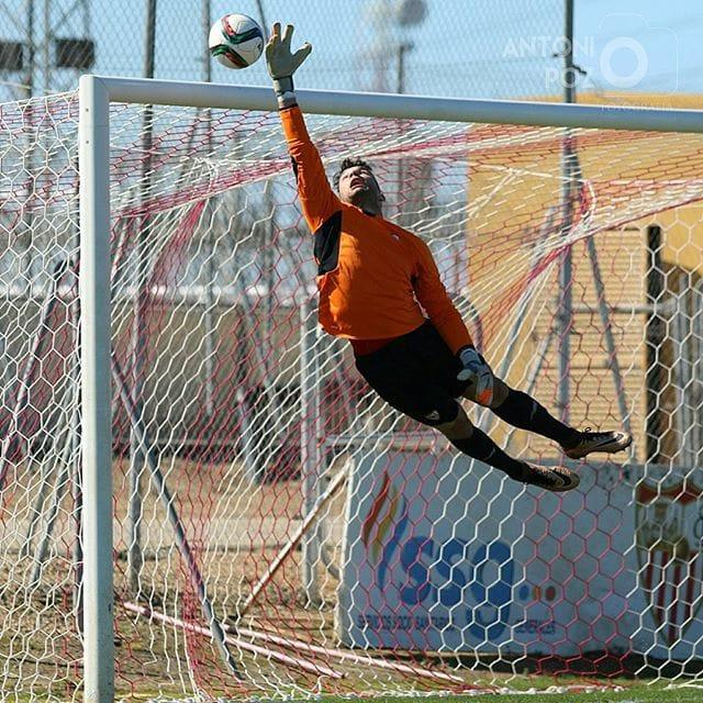 JUAN SORIANO RENUEVA CON EL SEVILLA FC